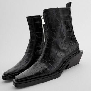 Zara ANIMAL PRINT COWBOY ANKLE Square Toe & Heel